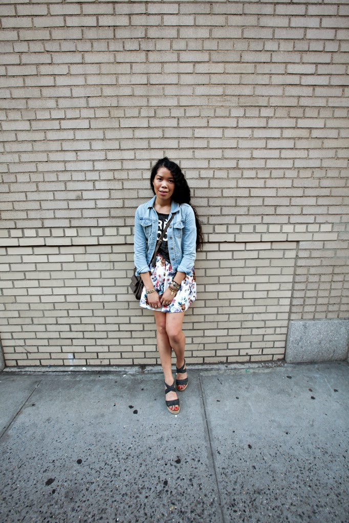 TheStyleBoro_Nastygal_Summer_Fall_Outfits_Howto_CreativeOffice_BearPaw_backtoschool_targetstyle_floralskirt_0002.jpg
