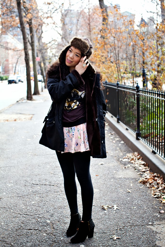 SEXWCANDY_WINTER_FASHION_LYDIAHUDGENS_FLORALS_STUDS_CHARLESHENRY_SWEATER_0002.jpg