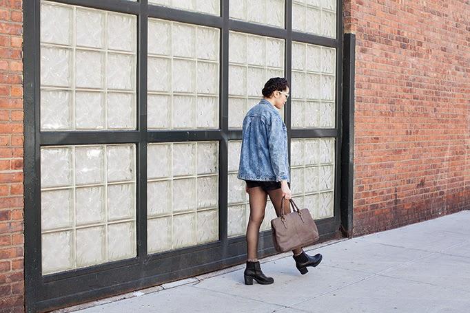 oversized_denim_jacket_outfit_ideas.jpg