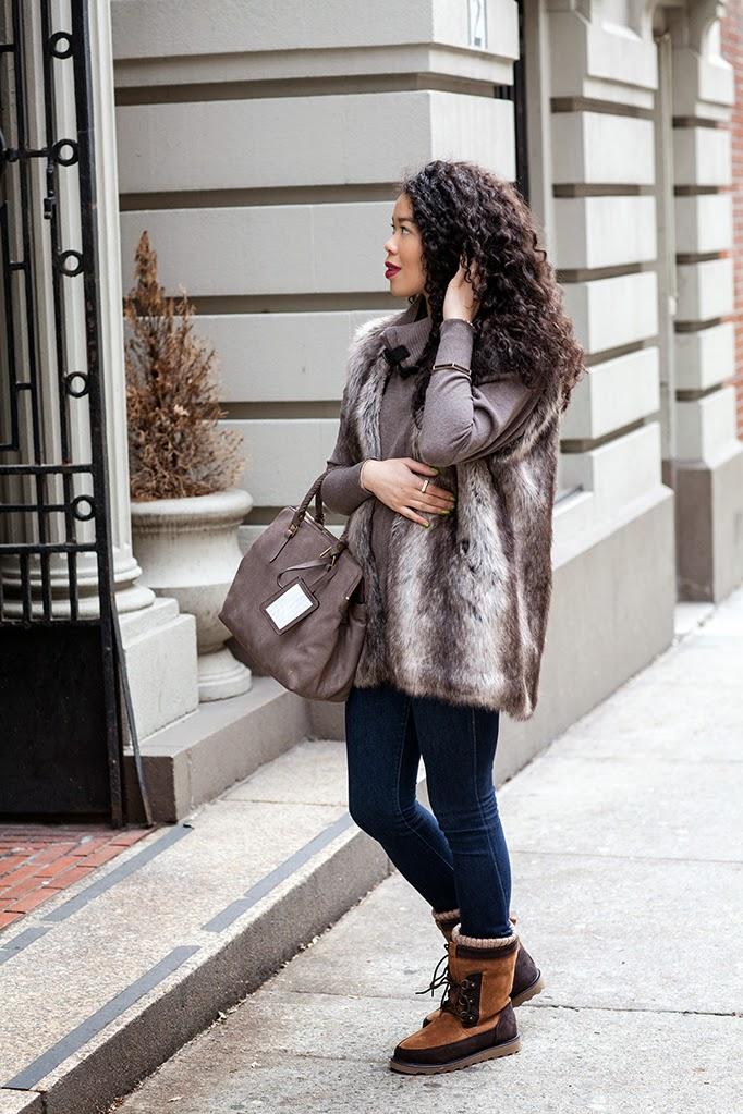 jean_faux_fur_vest_outfit_ideas.jpg