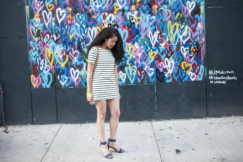 striped_dress_outfit_ideas.jpg