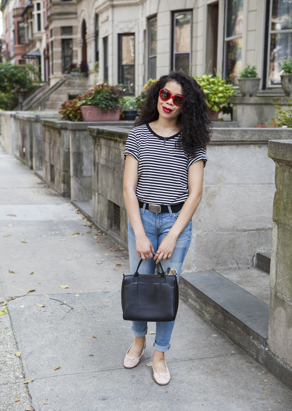 striped_shirt_ballet_flats_casual_outfit.jpg