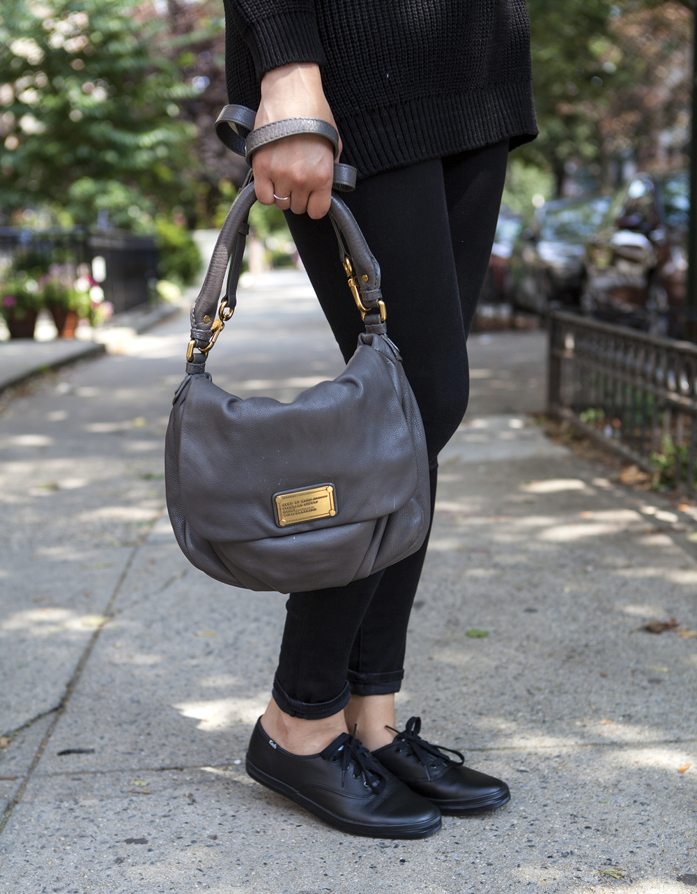 marc_jacobs_gray_grey_bag.jpg