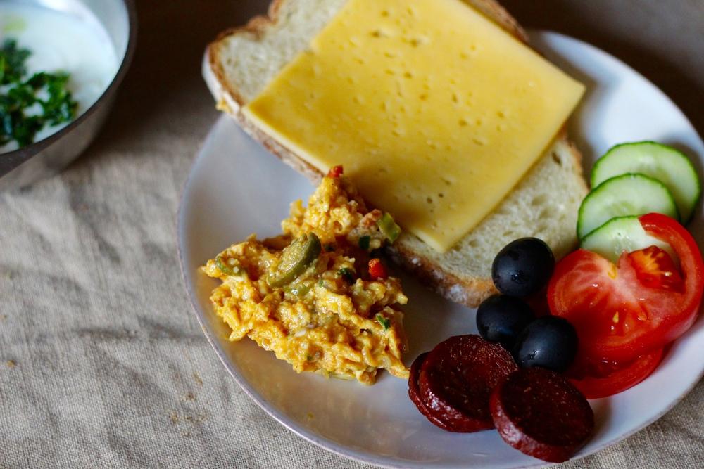yummy_scrambled_eggs.jpg