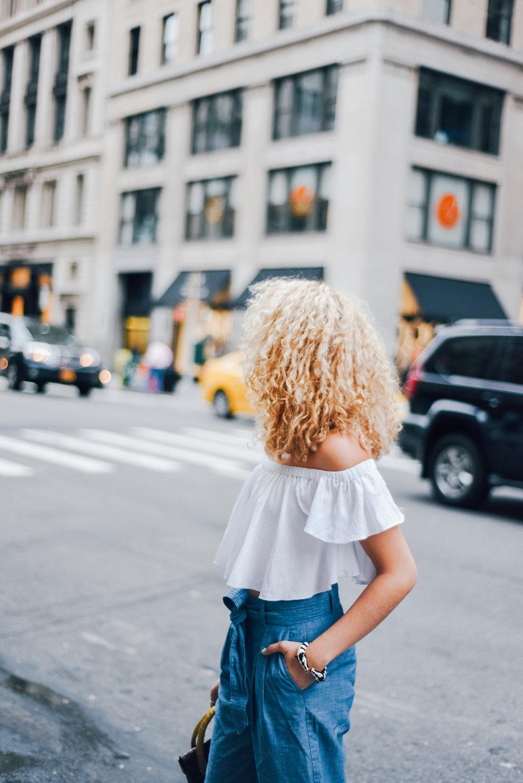 platinum-blonde-curly-hair-styles.jpg