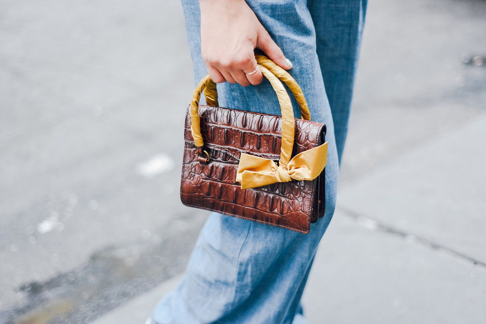 miu_miu_snakeskin_purse.jpg