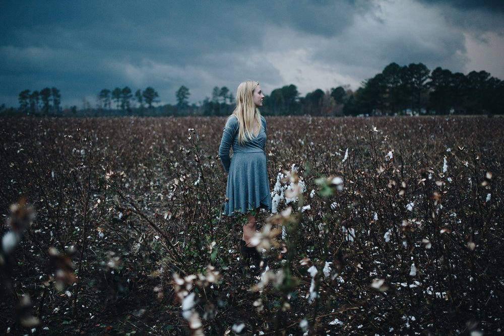 maddie-cotton-field-0784.jpg