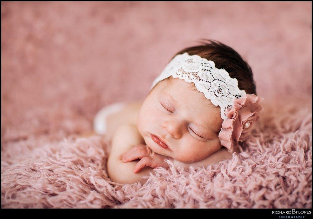 RBF-Elli-Newborn-12.jpg
