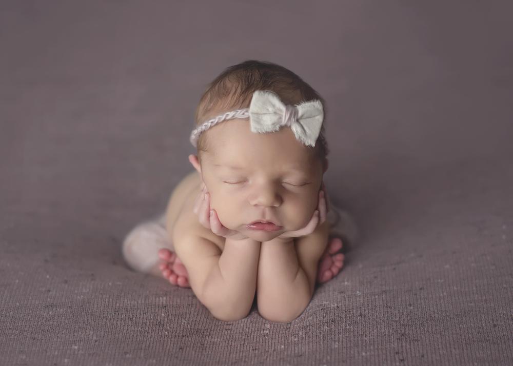 Carly_Newborn_001.jpg
