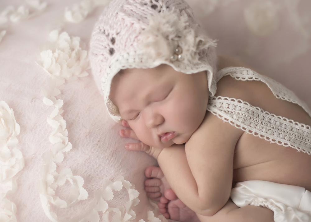 Gwen_Newborn_005.jpg