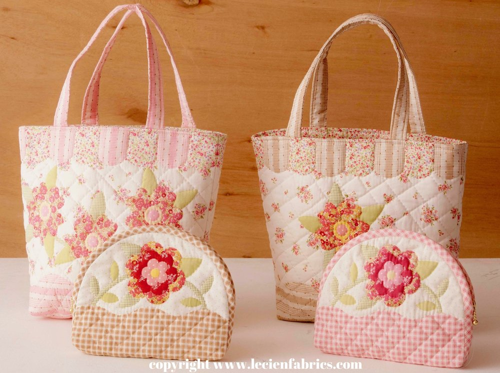 One Step Quilts - Make a tote bag and a pouch from 1 yard panel!  Delivery December 2016