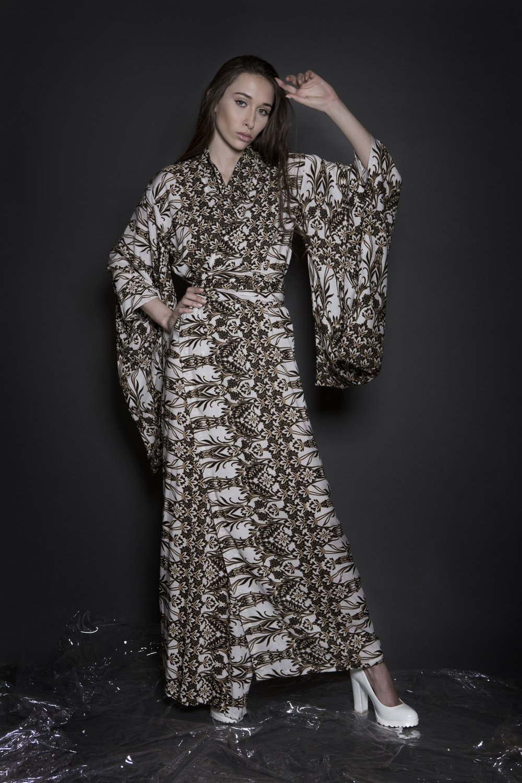 Aimmea - viscose print kimono II.jpg
