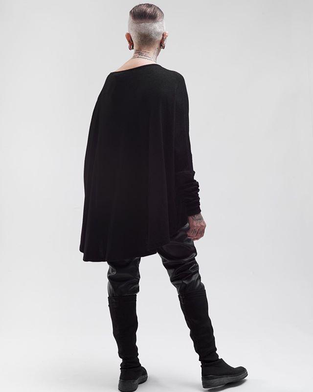 Aimmea November #vippromo. VIPs receive a free #fauxfur #infinityscarf when purchasing our #longsleevesweater online (while stock lasts)  www.aimmea.com (link in bio) • • • • • • • • #aimmea #ageless #darkfashion #amsterdam #norules #darkstyle #darkphotography #fashionphotography #Blackclothing #Whiteclothing  #Monochromaticfashion #Monochrome #Darkbeauty #alternativefashion  #altfashion  #allblackeverything  #alldarkeverything #independentfashion  #Independentfashiondesigner ➖➖➖➖➖➖➖➖➖ Photographer @tysonernste  #mua @shirodjbholasingh  #model @mathildeboom (@kleynengrootcasting ) ➖➖➖➖➖➖➖➖➖