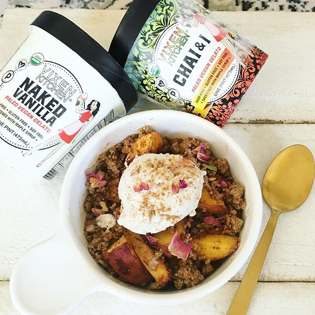 ➳Summer in a bowl && @vixenkitchen.co giveaway below❥➳ Baked cinnamon peach crumble. Whole food ingredients. Gluten free. Sugar free. Dairy free. Protein rich. Fiber rich. Nutrient rich. Magical + potent herbs for extra benefits. Just how I like my meals && desserts .  Topped with my ✧favorite vegan gelato/ice cream✧ from @vixenkitchen.co made with 5 clean ingredients + sweetened with maple syrup . This is an ideal ✨MINDFUL✨ splurge. Something I encourage clients to have a couple times a week. Because a holistic lifestyle is not about restriction. It's about eating real food and enjoying yourself without limitations, just healthier modifications .  Giveaway❥➳ one lucky winner will score 4 @vixenkitchen.co ice cream tubs Follow @vixenkitchen.co + @fitbrittnutrition  Tag two ice cream loving friends below Share your favorite way to eat ice cream  B e s t of luck❥ #fitbrittnutrition