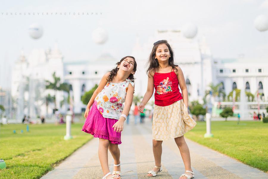 31 Yangon Child Photographer.png