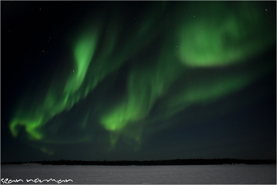 24-hours-in-yellowknife-the-northern-lights-12.jpg