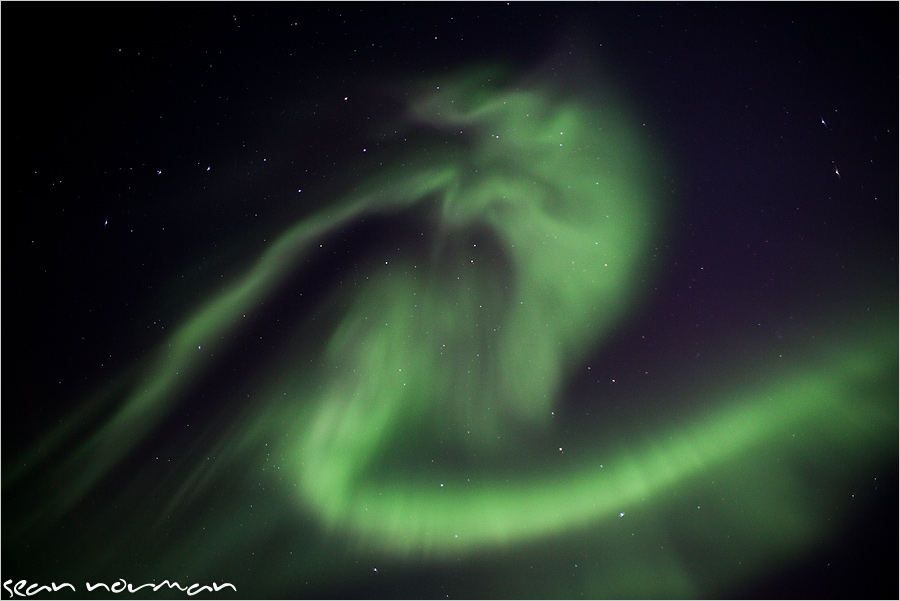 24-hours-in-yellowknife-the-northern-lights-15.jpg