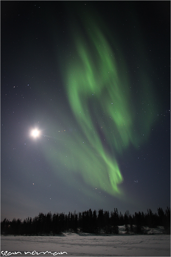 24-hours-in-yellowknife-the-northern-lights-19.jpg