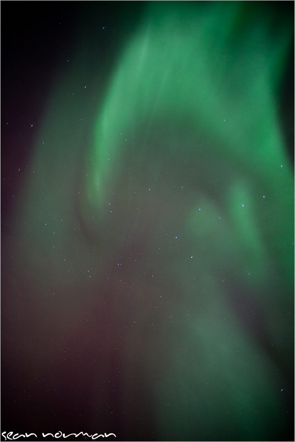 northern lights tours canada