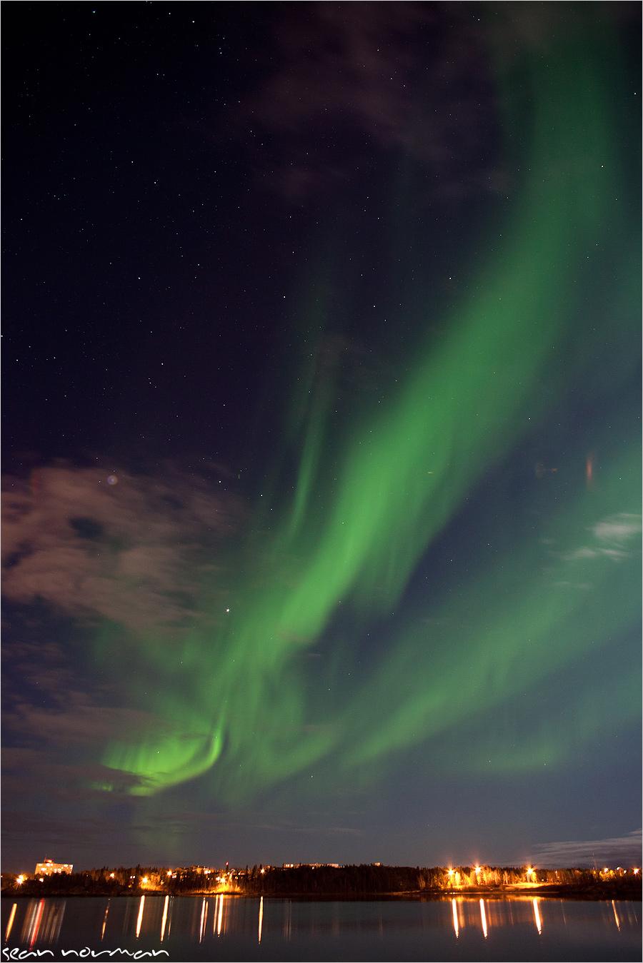 chasing northern lights yellowknife canada