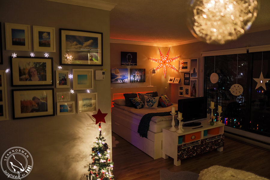 the-coziest-castle-at-christmas-home-11.jpg