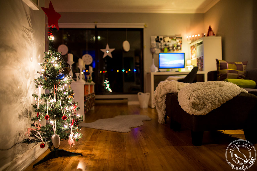 the-coziest-castle-at-christmas-home-7.jpg