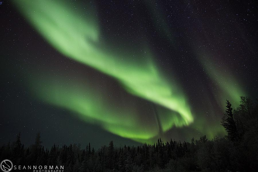 vee-lake-aurora-northern-lights-in-yellowknife-11.jpg