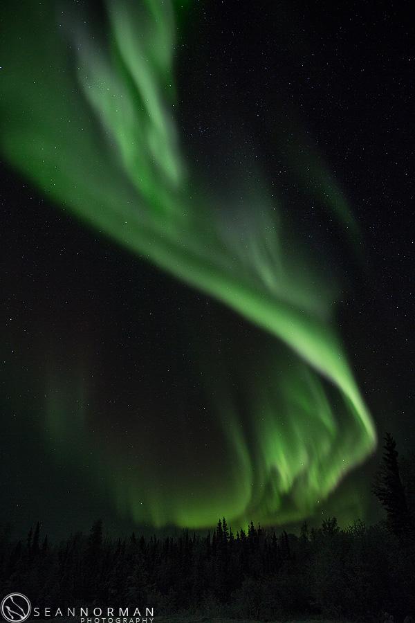 vee-lake-aurora-northern-lights-in-yellowknife-12.jpg