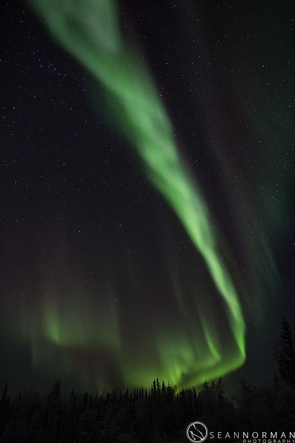 vee-lake-aurora-northern-lights-in-yellowknife-13.jpg