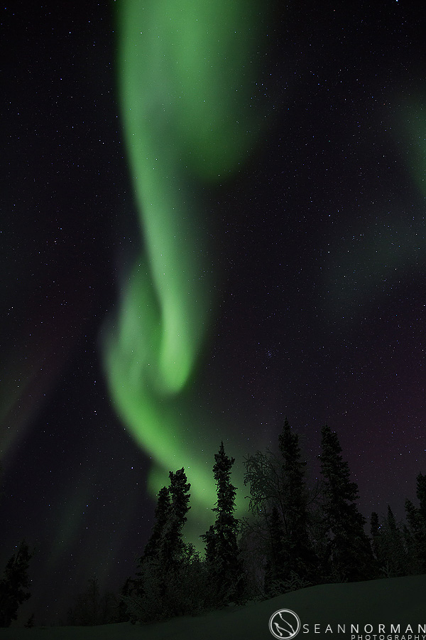 vee-lake-aurora-northern-lights-in-yellowknife-15.jpg