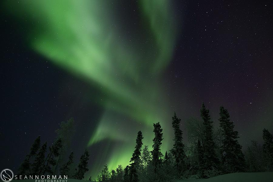 vee-lake-aurora-northern-lights-in-yellowknife-17.jpg