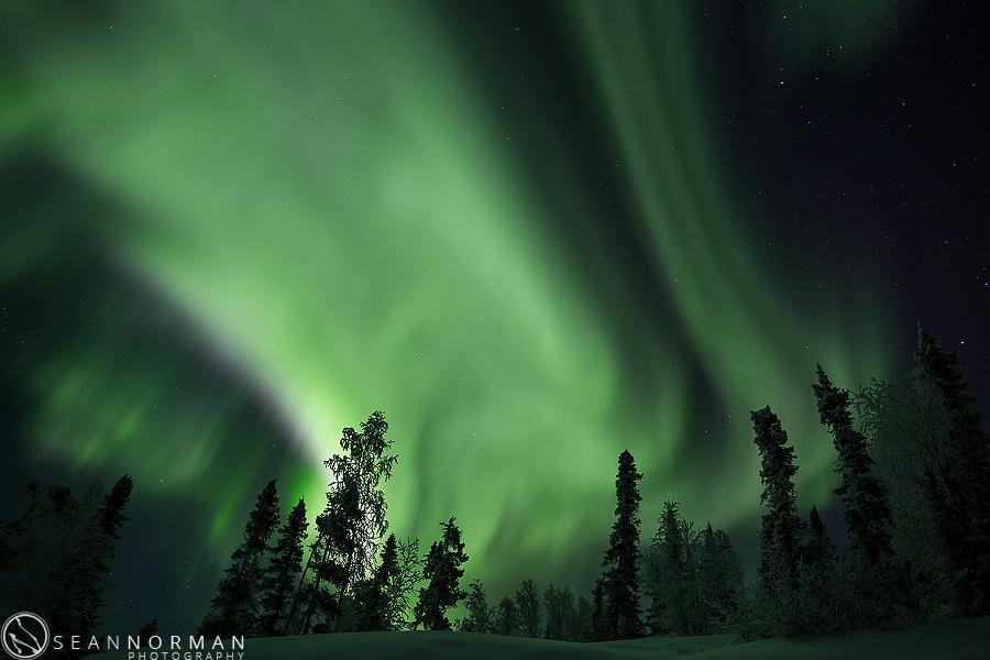 vee-lake-aurora-northern-lights-in-yellowknife-18.jpg