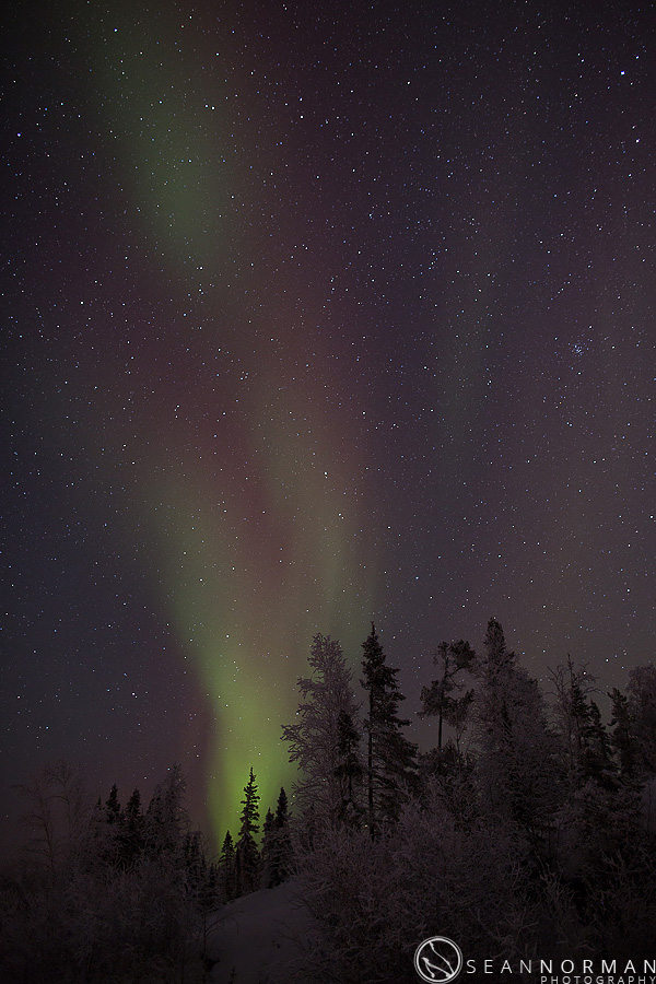 vee-lake-aurora-northern-lights-in-yellowknife-3.jpg