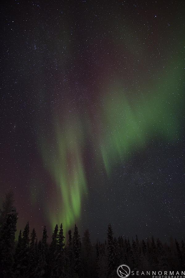 vee-lake-aurora-northern-lights-in-yellowknife-6.jpg