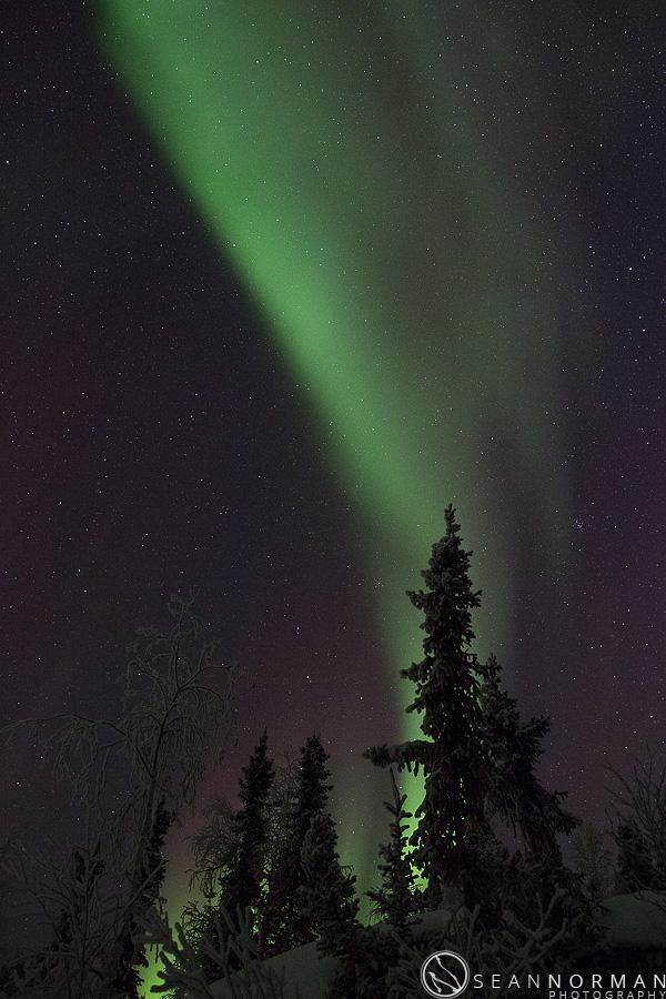 vee-lake-aurora-northern-lights-in-yellowknife-7.jpg