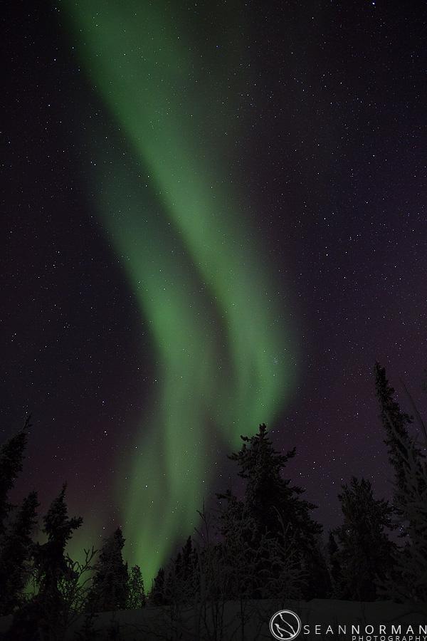 vee-lake-aurora-northern-lights-in-yellowknife-9.jpg