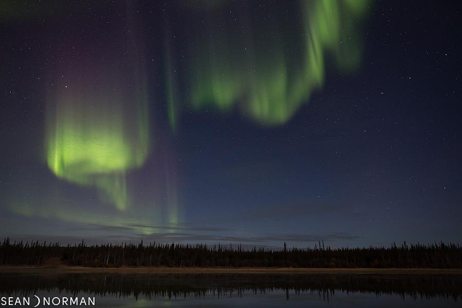 Sean's Guesthouse - Yellowknife Bed & Breakfast - Northern Light Tours Yellowknife - October Aurora - 3.jpg