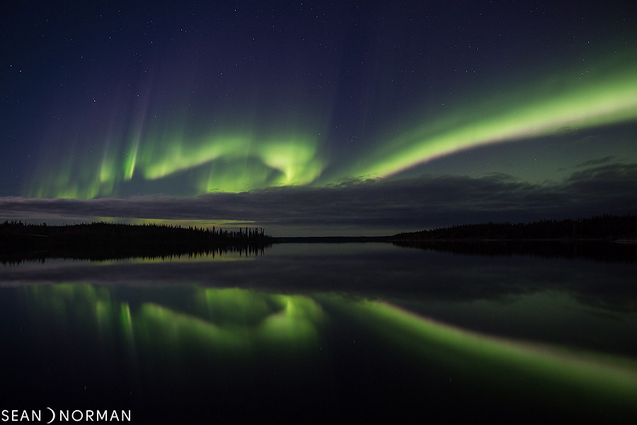 Sean's Guesthouse - Yellowknife Bed & Breakfast - Northern Light Tours Yellowknife - October Aurora - 1.jpg