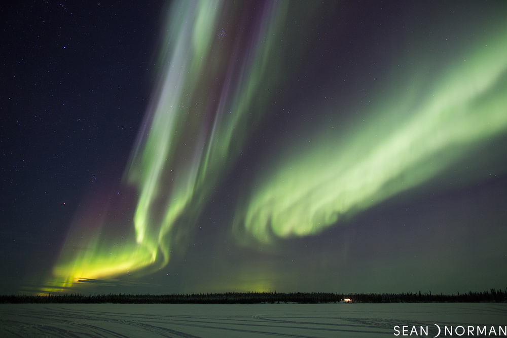 Sean's Guesthouse & Aurora Tours Yellowknife - Northern Lights Yellowknife - 1.jpg