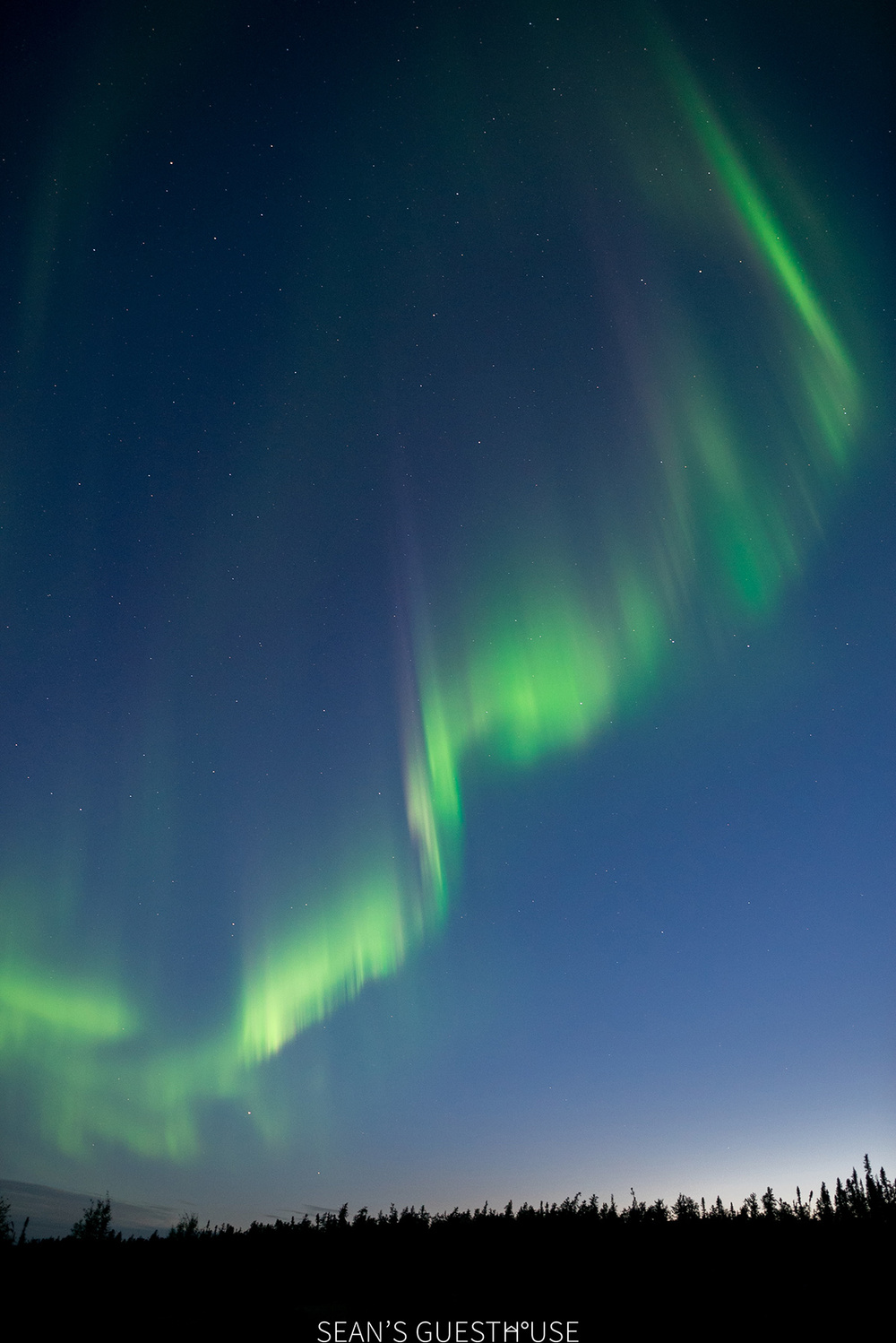 Sean's Guesthouse - Yellowknife Northern Lights - Summer Aurora - 6.jpg