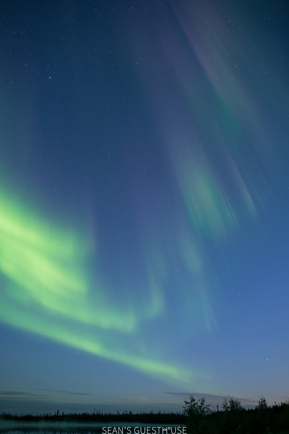 Sean's Guesthouse - Yellowknife Northern Lights - Summer Aurora - 5.jpg
