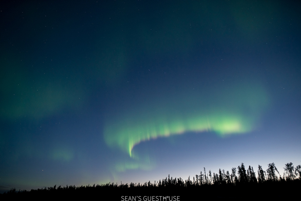 Sean's Guesthouse - Yellowknife Northern Lights - Summer Aurora - 7.jpg