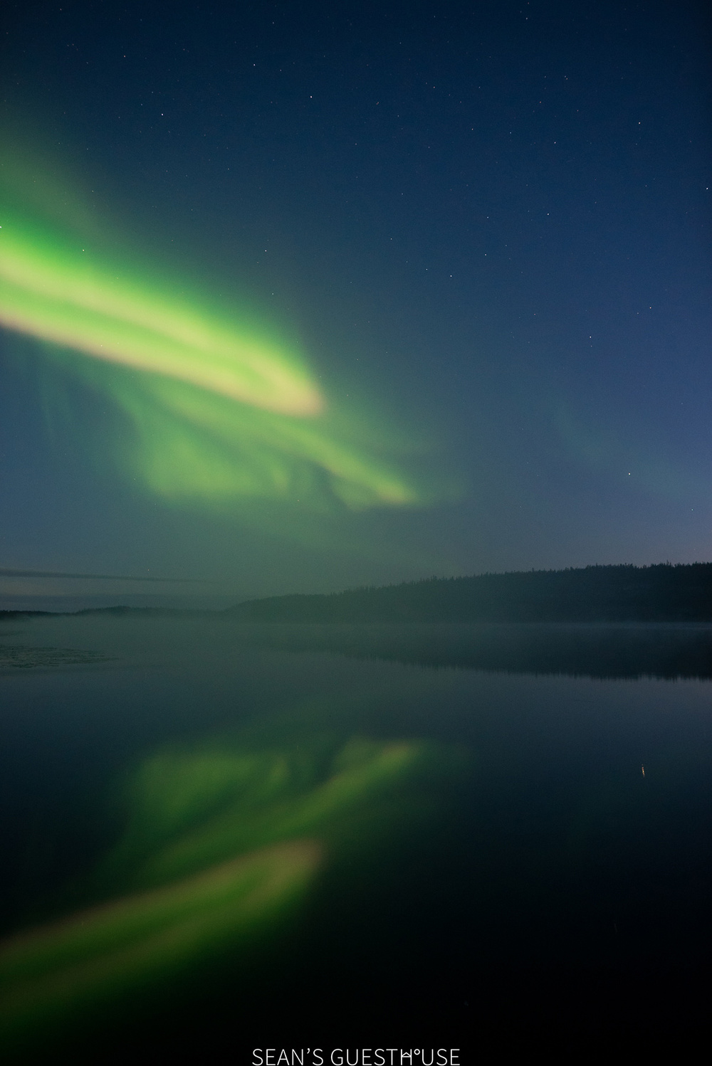 Yellowknife Northern Lights Tours - Sean's Bed & Breakfast Yellowknife - Summer Aurora - 3.jpg