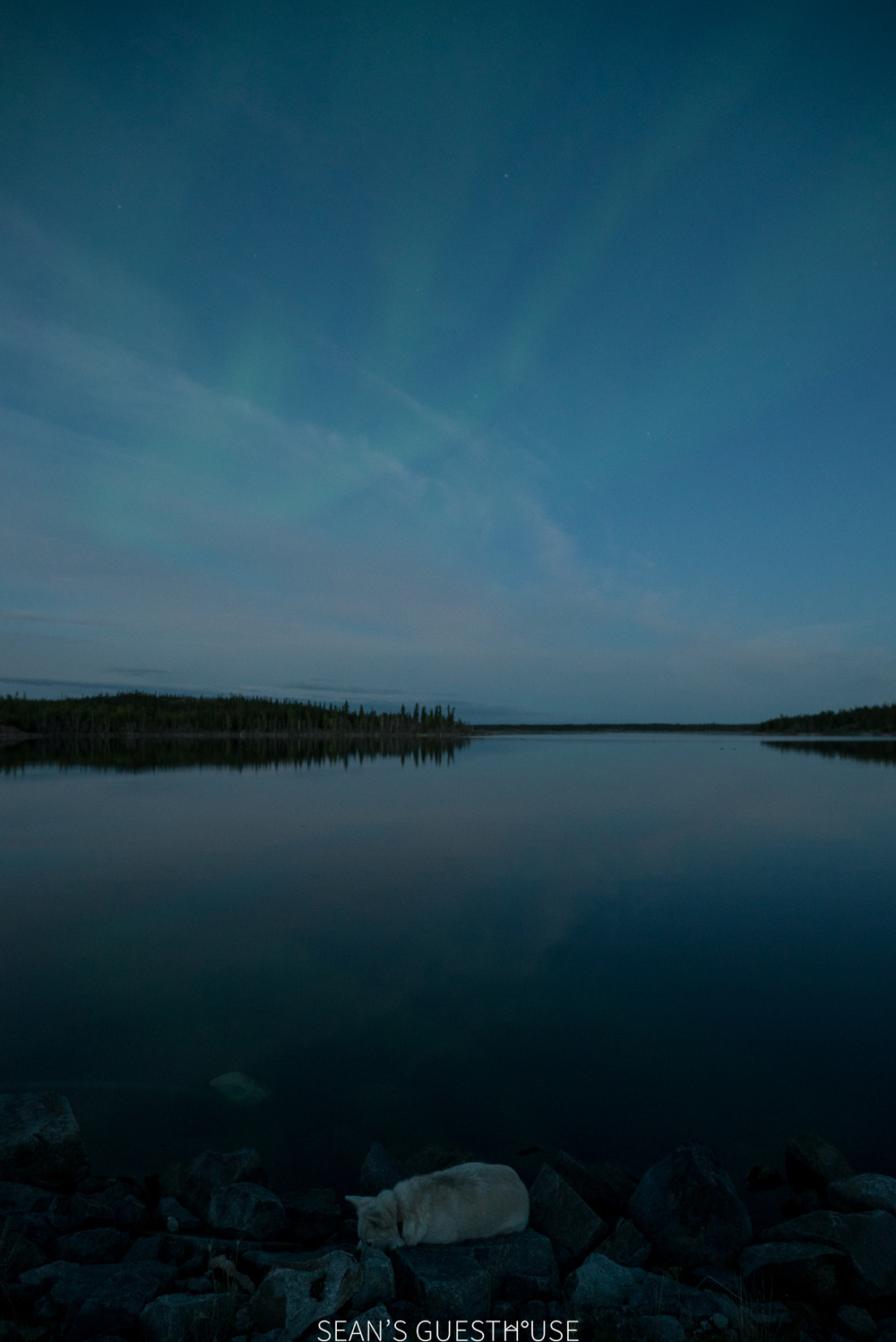 Sean's Guesthouse - Autumn Northern Lights Tour Yellowknife - 1.jpg
