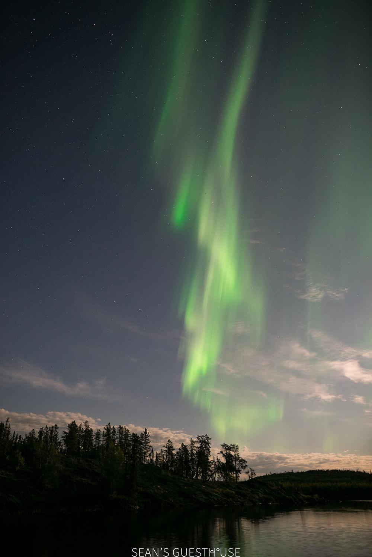 Sean's Guesthouse - Yellowknife Aurora Borealis Tours - 2.jpg