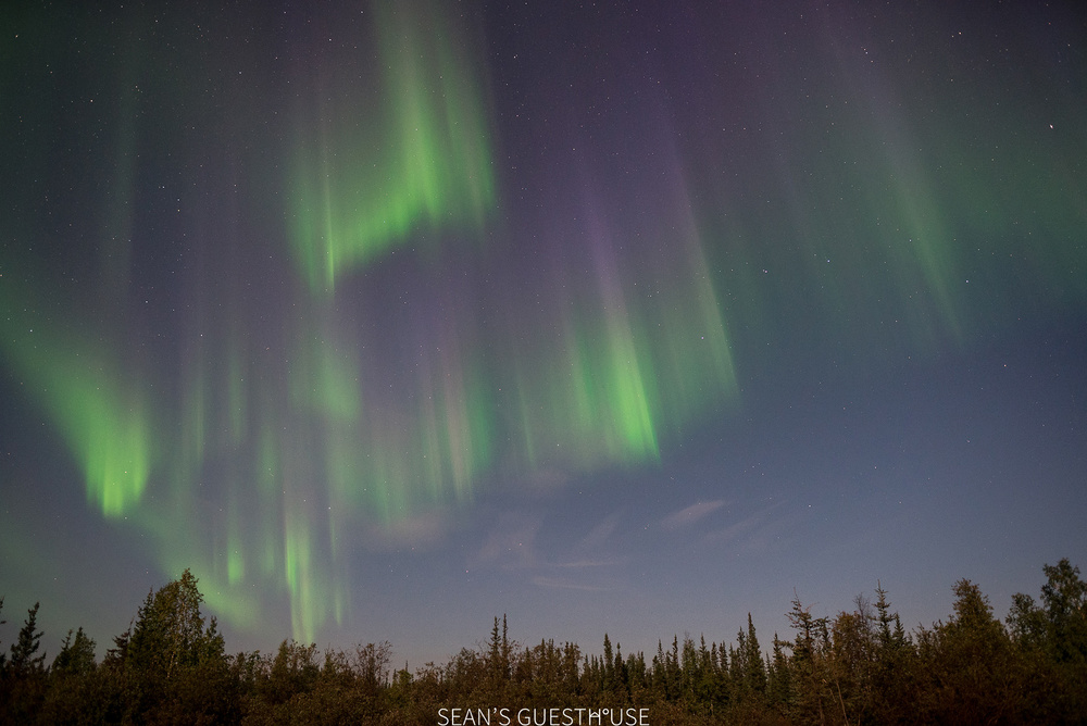 Sean's Guesthouse - Yellowknife Northern Lights - 7.jpg