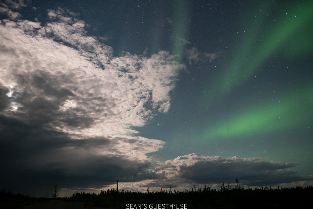 Sean's Guesthouse - August Northern Lights Yellowknife - 6.jpg