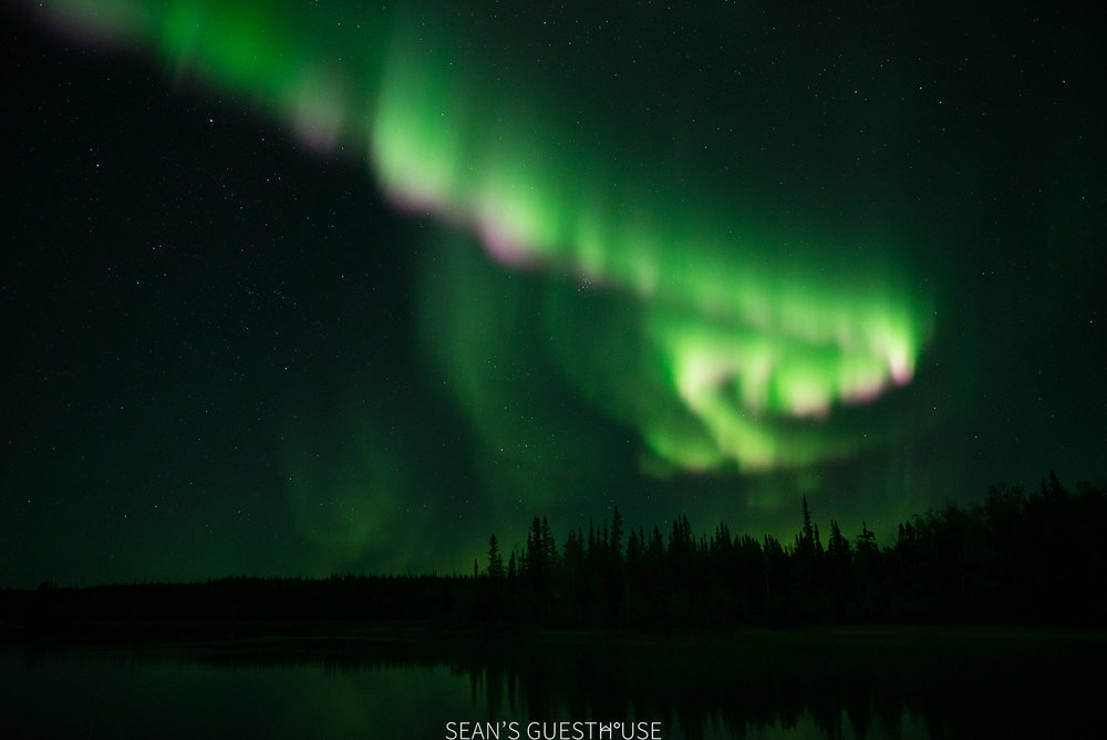 Sean's Guesthouse - Northern Lights Tour Yellowknife - 5.jpg