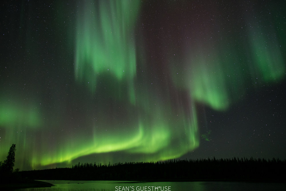 Sean's Guesthouse - Yellowknife Northern Lights Tour - 5.jpg
