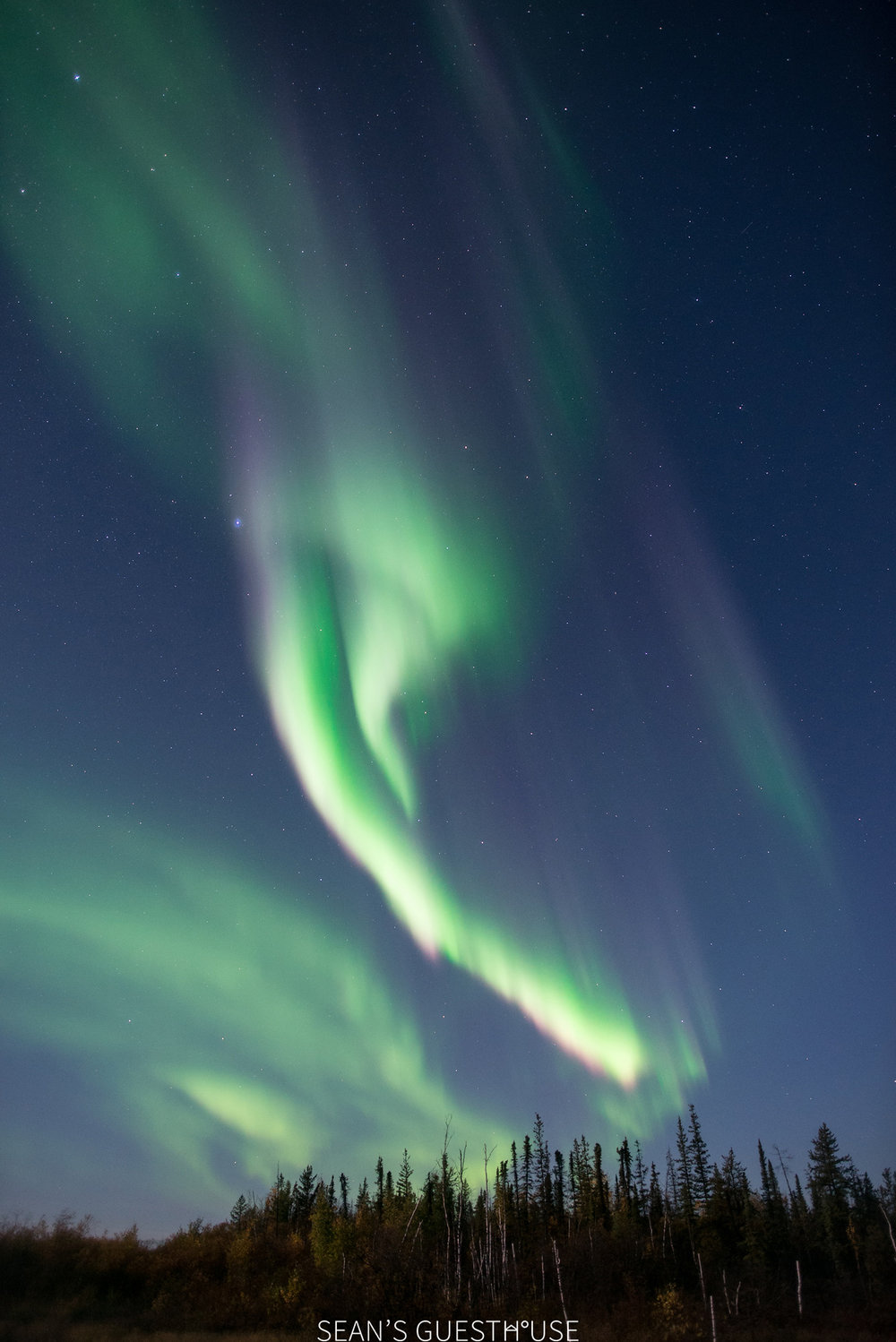 Sean's Guesthouse - Yellowknife Northern Lights Tours - 4.jpg